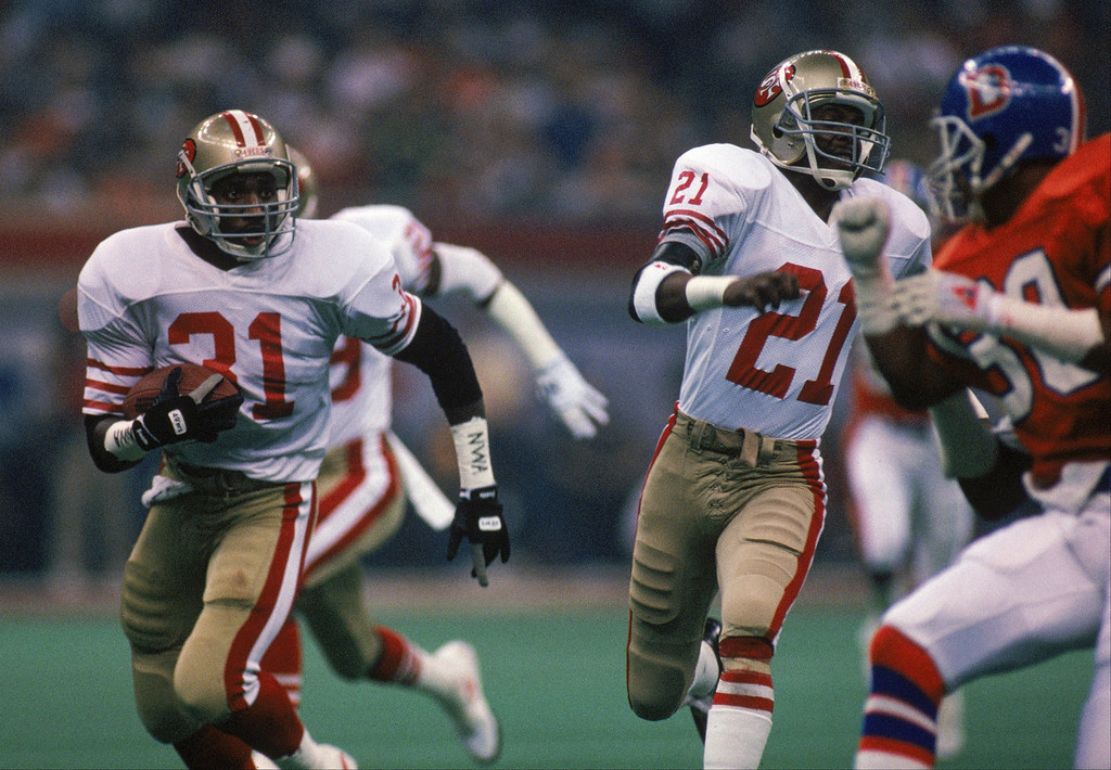 . Defensive back Chet Brooks #31 of the San Francisco 49ers returns an interception during Super Bowl XXIV against the Denver Broncos at Louisiana Superdome on January 28, 1990 in New Orleans, Louisiana.    (Photo by George Rose/Getty Images)