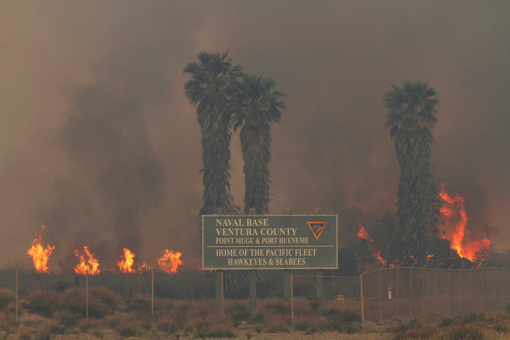 . The Springs Fire rages out of control at the Point Mugu Naval Base at Point Mugu State Park May 3, 2013. REUTERS/Jonathan Alcorn
