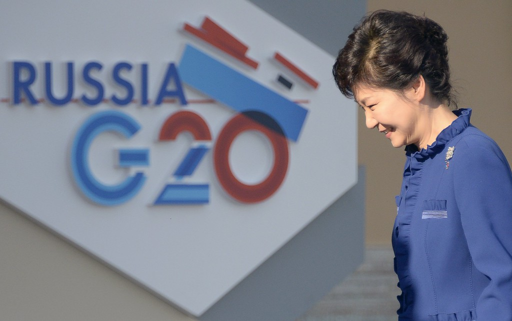 . South Korea\'s President Park Geun-Hye arrives for the start of the G20 summit on September 5, 2013 in Saint Petersburg.       AFP PHOTO / ALEXANDER NEMENOV/AFP/Getty Images