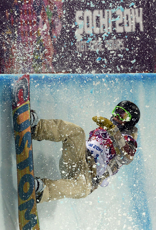 . US Taylor Gold competes in the Men\'s Snowboard Halfpipe Semifinals at the Rosa Khutor Extreme Park during the Sochi Winter Olympics on February 11, 2014.          AFP PHOTO / FRANCK  FIFE/AFP/Getty Images