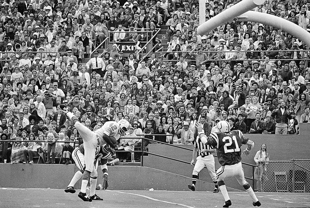 . FOOTBALL, NFL, ACTION, SCORING