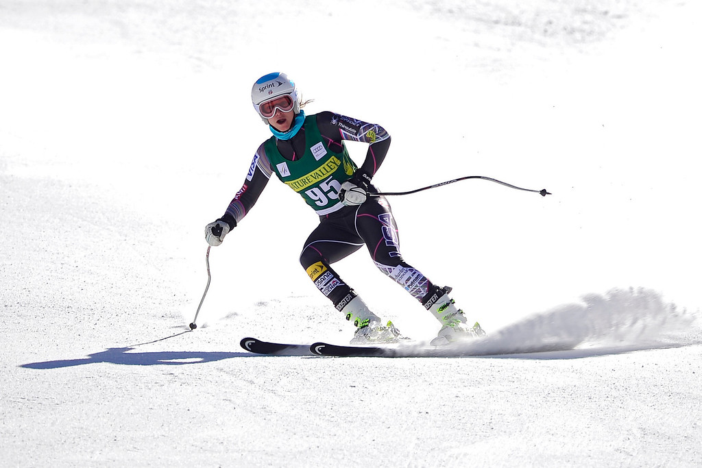 . U.S. skier Julia Mancuso finishes her training run at the Women\'s World Cup downhill skiing practice during the Audi FIS Beaver Creek World Cup near Avon, Colorado, on Tuesday, November 26, 2013. (Photo by AAron Ontiveroz/The Denver Post)