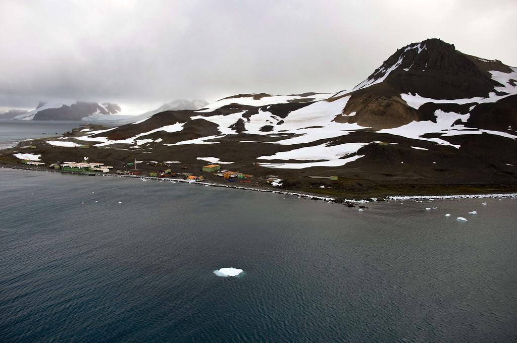 . Aerial view of Brazil\'s Comandante Ferraz base, in Antarctica on March 10, 2014.    AFP PHOTO / VANDERLEI ALMEIDA /AFP/Getty Images