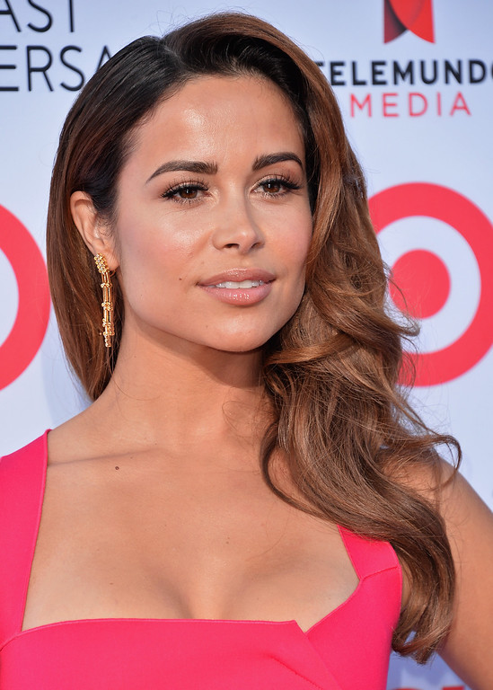. PASADENA, CA - SEPTEMBER 27:  Actress Zulay Henao arrives at the 2013 NCLR ALMA Awards at Pasadena Civic Auditorium on September 27, 2013 in Pasadena, California.  (Photo by Alberto E. Rodriguez/Getty Images for NCLR)