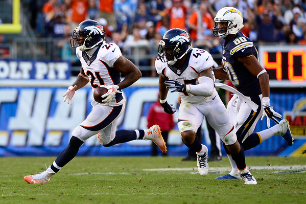 PHOTOS: Denver Broncos vs San Diego Chargers, Dec. 14, 2014