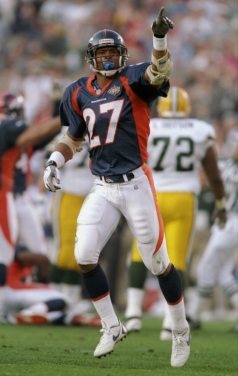 . Steve Atwater #27 of the Denver Broncos celebrates against the Green Packers during Super Bowl  XXXII at Qualcomm Stadium in San Diego, California.    (Andy Lyons/Allsport)
