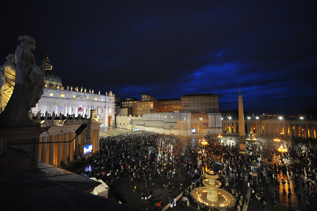 . People gather at St Peter\'s square during the conclave on March 12, 2013 at the Vatican.  AFP PHOTO / TIZIANA FABI/AFP/Getty Images