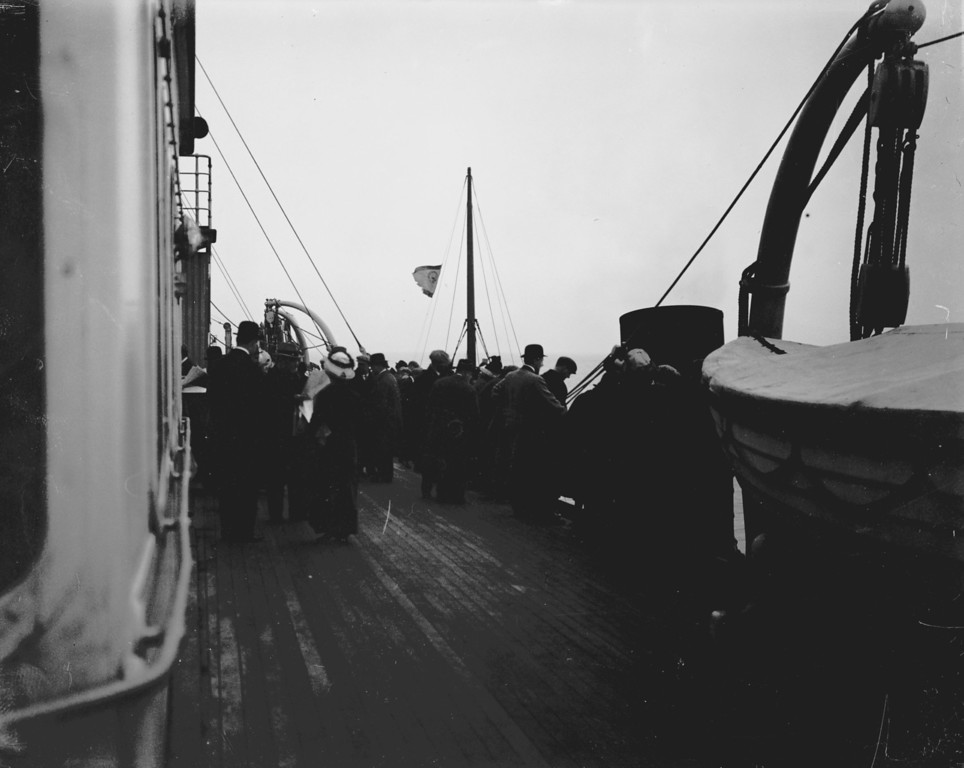 . December 1911:  Passengers on board British Cunard liner Lusitania.  (Photo by Topical Press Agency/Getty Images)