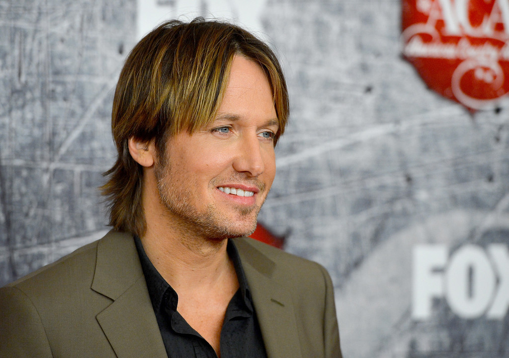 . LAS VEGAS, NV - DECEMBER 10:  Singer Keith Urban arrives at the 2012 American Country Awards at the Mandalay Bay Events Center on December 10, 2012 in Las Vegas, Nevada.  (Photo by Frazer Harrison/Getty Images)