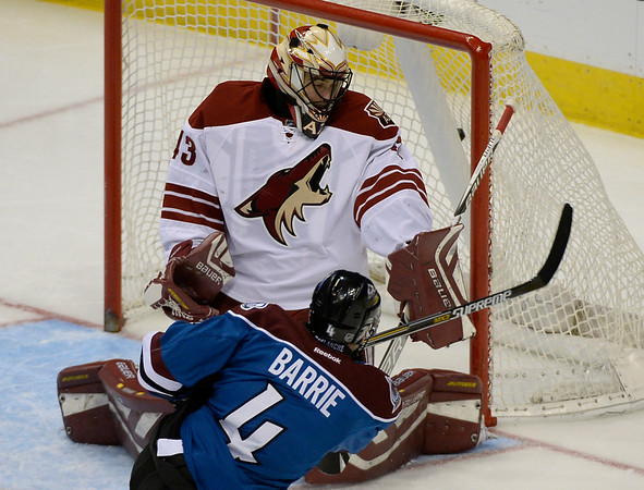 PHOTOS: Colorado Avalanche 5, Arizona Coyotes 2, Feb. 16, 2015