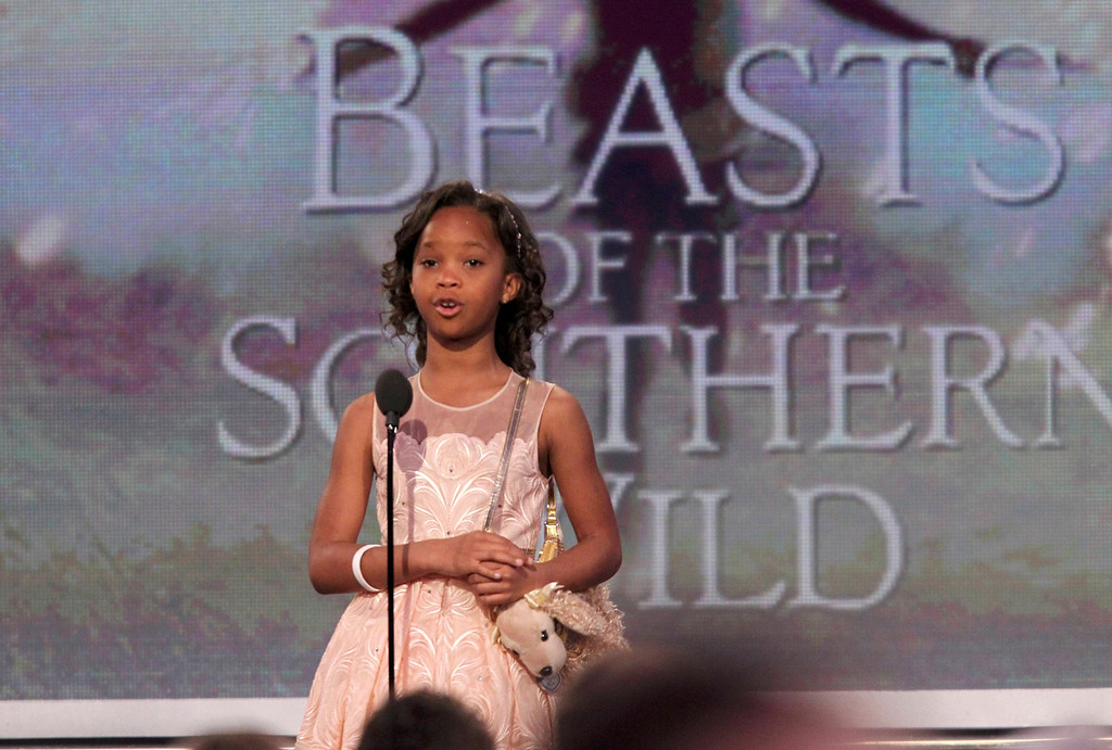 ". Actress Quvenzhane Wallis, nominated for best female lead for the film ""Beasts of the Southern Wild,\"" introduces a clip from the film at the 2013 Film Independent Spirit Awards in Santa Monica, California February 23, 2013.   REUTERS/David McNew (UNITED STATES  - Tags: ENTERTAINMENT)"
