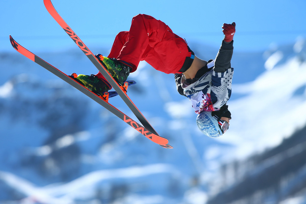 . Nicholas Goepper of USA in action during the Men\'s Freestyle Skiing Slopestyle Final in the Rosa Khutor Extreme Park at the Sochi 2014 Olympic Games, Krasnaya Polyana, Russia, 13 February 2014.  EPA/JENS BUETTNER
