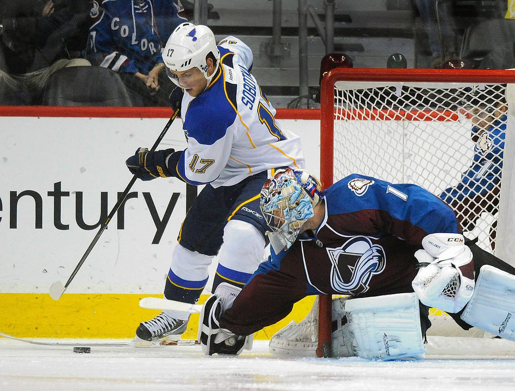 . St. Louis wing Vladimir Sobotka (17) tried to wrap around the back Semyon Varlamov\'s net in the third period. The St. Louis Blues beat the Colorado Avalanche 4-1 at the Pepsi Center Wednesday night, November 27, 2013.  Photo By Karl Gehring/The Denver Post
