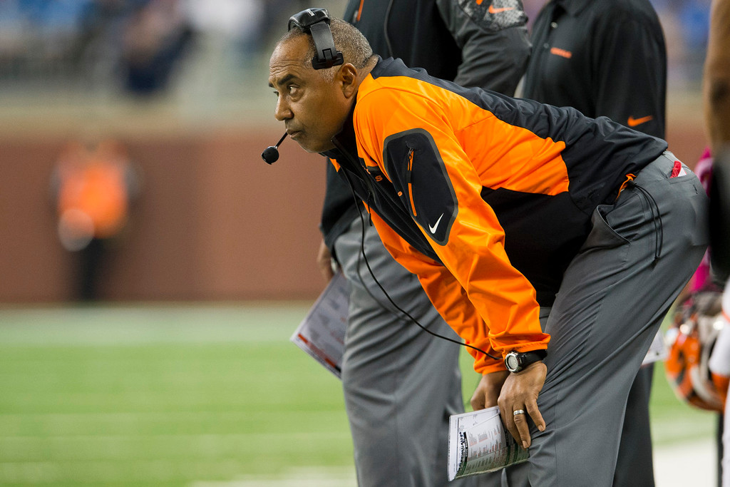 . DETROIT, MI - OCTOBER 20: Head coach Marvin Lewis of the Cincinnati Bengals watches his team from the sidelines during the first half at Ford Field on October 20, 2013 in Detroit, Michigan. (Photo by Jason Miller/Getty Images)