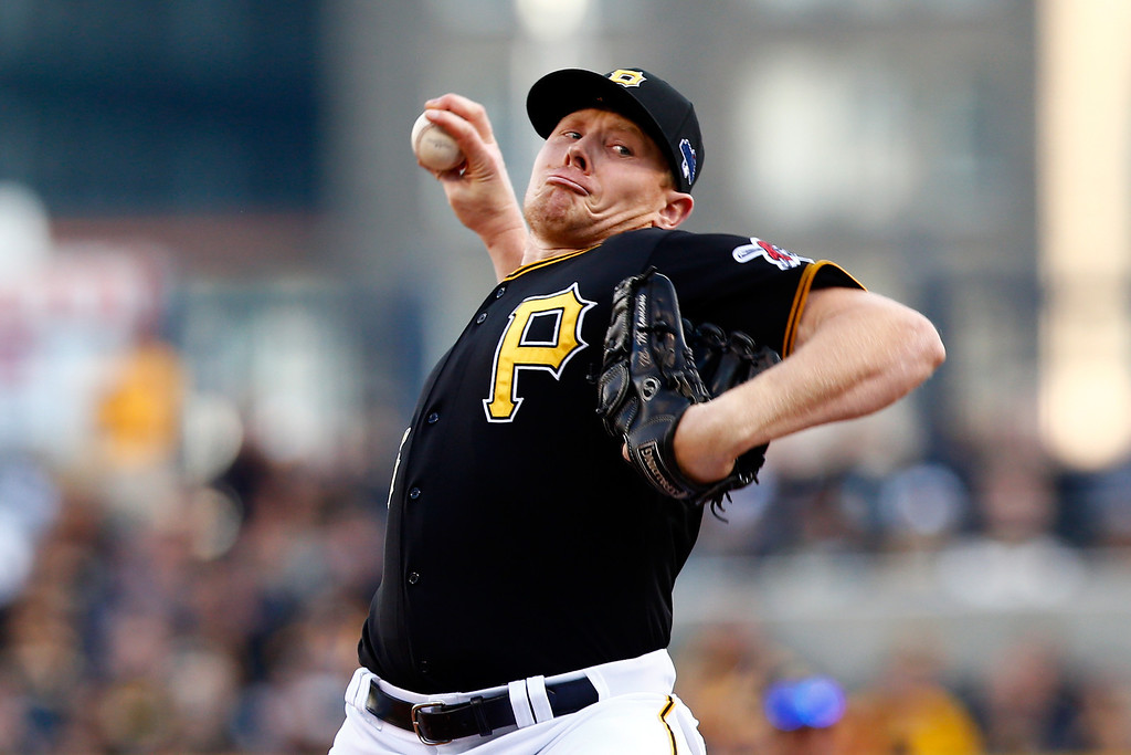 . Mark Melancon #35 of the Pittsburgh Pirates throws a pitch in the ninth inning against the St. Louis Cardinals during Game Four of the National League Division Series at PNC Park on October 7, 2013 in Pittsburgh, Pennsylvania.  (Photo by Jared Wickerham/Getty Images)