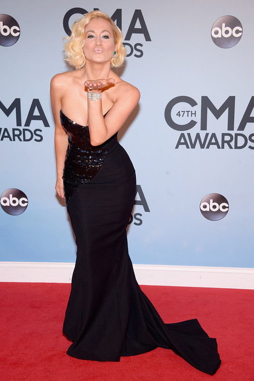 . NASHVILLE, TN - NOVEMBER 06:  Kellie Pickler attends the 47th annual CMA Awards at the Bridgestone Arena on November 6, 2013 in Nashville, Tennessee.  (Photo by Michael Loccisano/Getty Images)