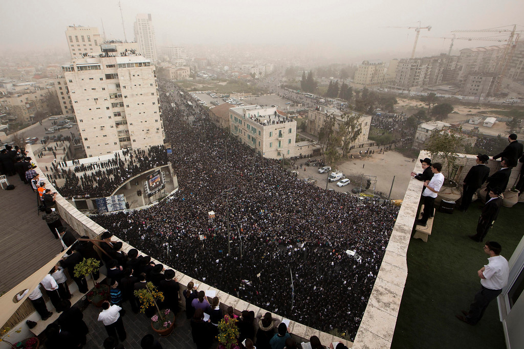 . Ultra-Orthodox Jews gather for a mass prayer in protest to the government\'s army conscription laws in Jerusalem, 02 March 2014. Police estimated the crowd to some 300,000 ultra-Orthodox turned out for the prayer.  EPA/ABIR SULTAN