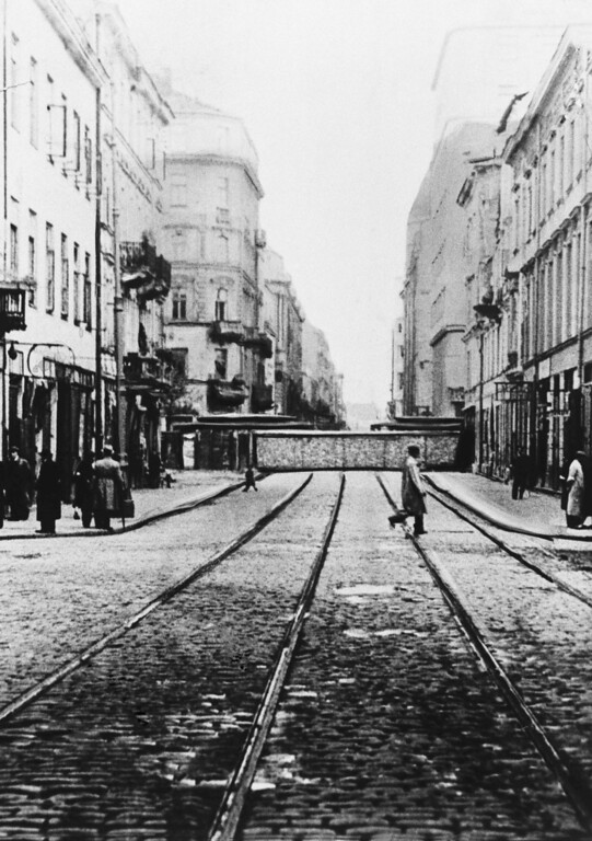 . Photo shows one of the walls parting Warsaw\'s Ghetto from the west of the city, Feb. 1, 1942.  500,000 Jews lived within these walls. (AP Photo)