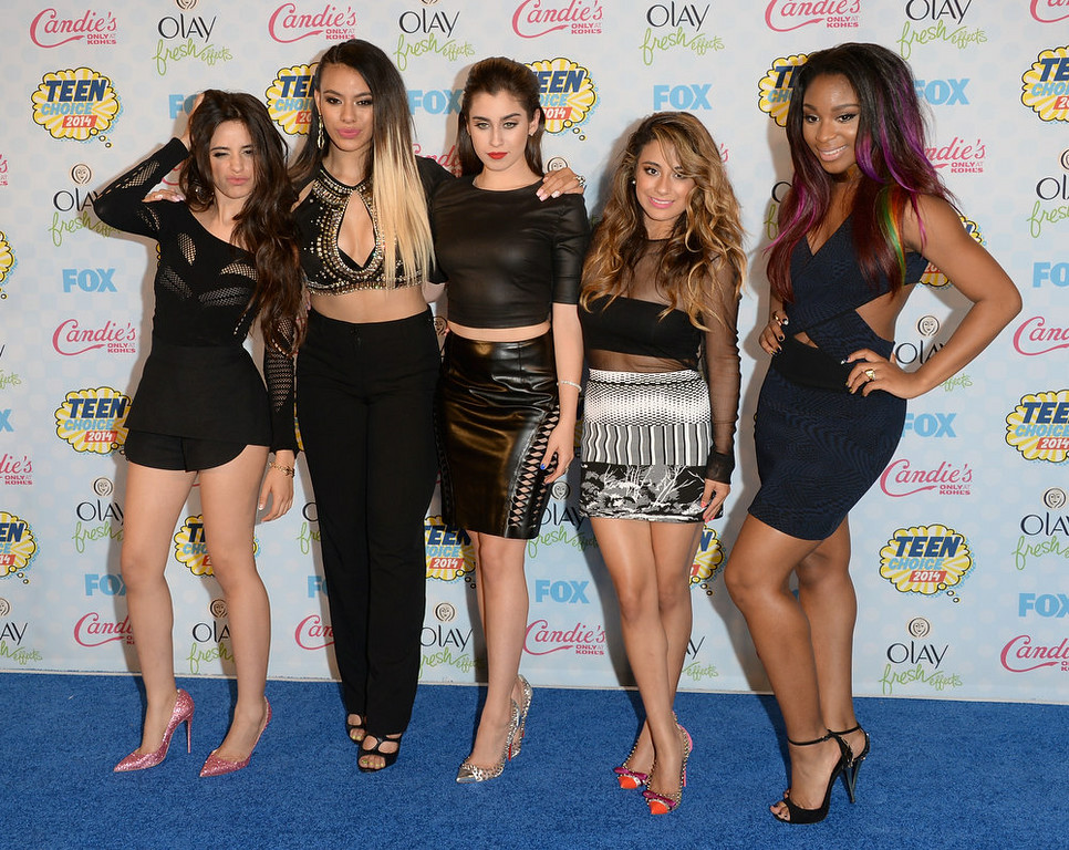. (L-R) Singers Lauren Jaureguim, Dinah Jane Hansen, Camila Cabello, Ally Brooke, and Normani Hamilton of Fifth Harmony pose in the press room during FOX\'s 2014 Teen Choice Awards at The Shrine Auditorium on August 10, 2014 in Los Angeles, California.  (Photo by Jason Merritt/Getty Images)