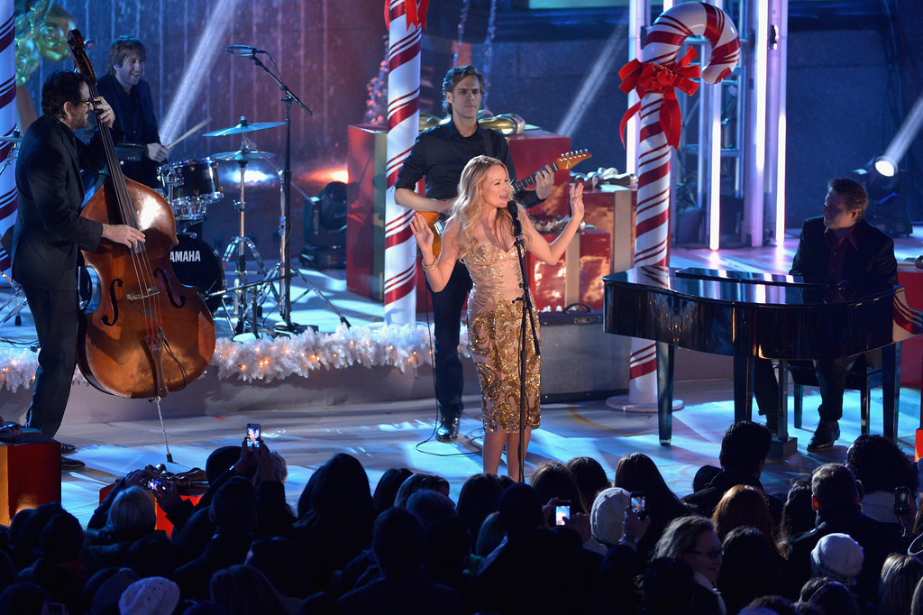 . Jewel performs during 81st Annual Rockefeller Center Christmas Tree Lighting Ceremony at Rockefeller Center on December 4, 2013 in New York City.  (Photo by Stephen Lovekin/Getty Images)