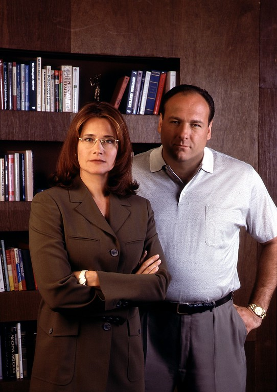 """. The Sopranos, Hbo\'s Hit Series About A Modern-Day Mob Boss Caught Between Responsibilities To His Family And His \""""Family,\"""" Pictured: Series Regulars Lorraine Bracco And James Gandolfini.  (Photo By Getty Images)"""