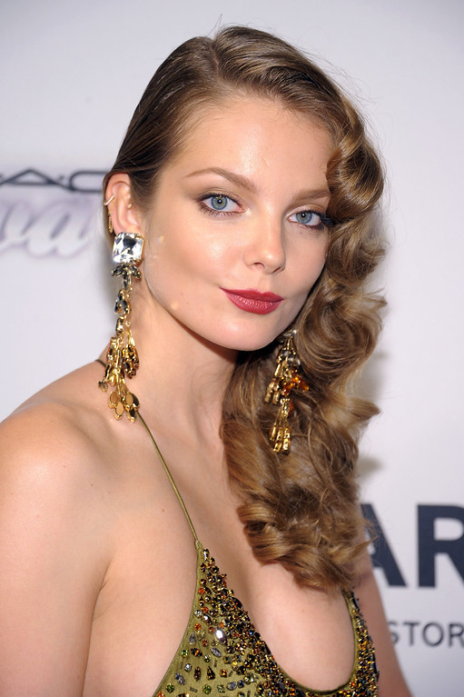 . NEW YORK, NY - JUNE 13:  Model Eniko Mihalik attends the 4th Annual amfAR Inspiration Gala New York at The Plaza Hotel on June 13, 2013 in New York City.  (Photo by Michael Loccisano/Getty Images)
