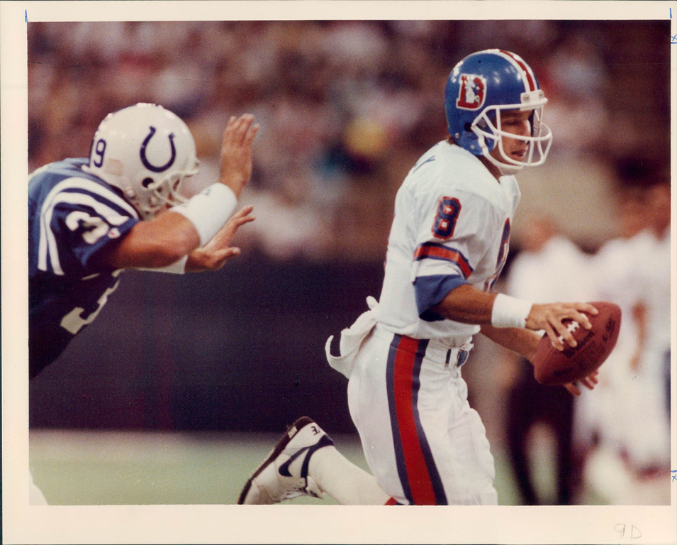 . 7. Tommy Maddox, QB, first round, No. 25 overall, 1992 This one didn\'t go over well with incumbent John Elway. Maddox was a highly touted prospect, but the Broncos had much greater needs than a clipboard carrier for the future Hall-of-Famer, Elway.  (The Denver Post Archive)