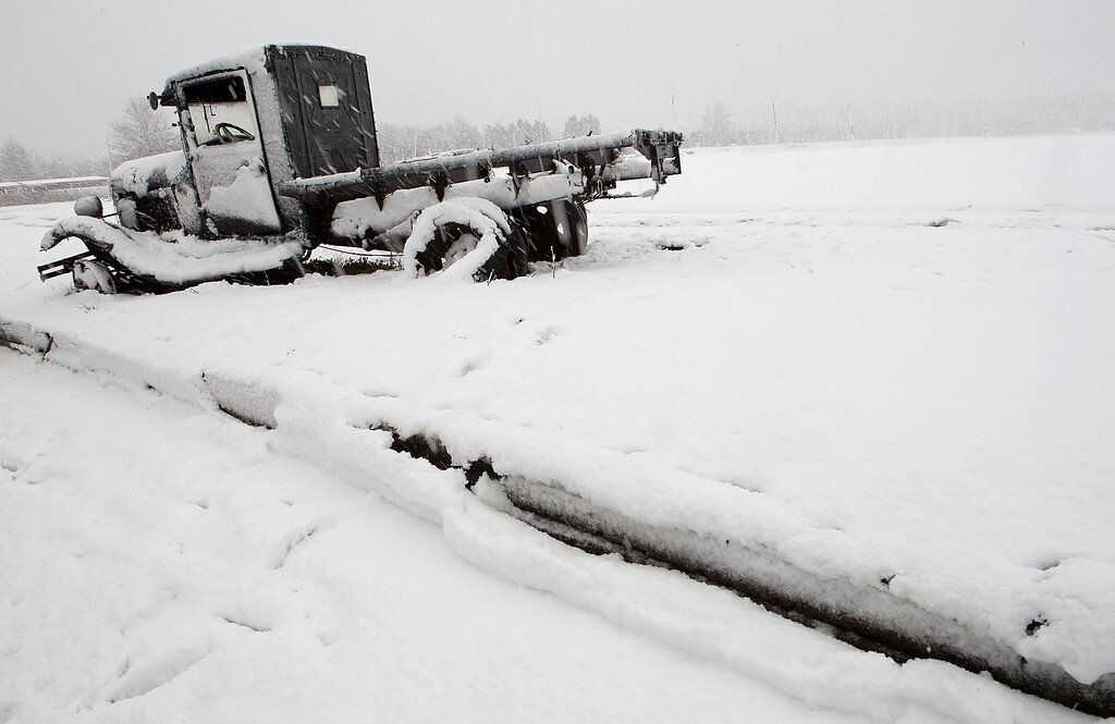 . An abandoned pickup truck is covered with fresh snow on the edge of Cox Farms March 6, 2013 in Centreville, Virginia. A winter storm hit the Washington, DC area today with areas west of the city seeing signficant snowfall, but the city itself seeing minimal snow.  (Photo by Win McNamee/Getty Images)