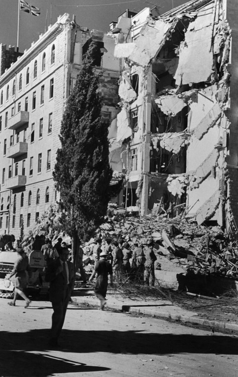 . Troops inspect the wreckage of the King David Hotel in Jerusalem, headquarters of the British Mandate of Palestine, shortly after it was bombed by Zionist terrorists of the Irgun group, 22nd July 1946. (Photo by Hulton Archive/Getty Images)