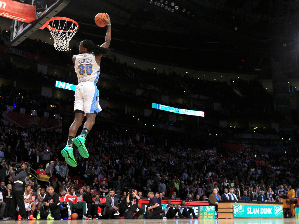 . West All-Star Kenneth Faried of the Denver Nuggets competes in the slam dunk contest during the NBA basketball All-Star weekend in Houston, Texas, February 16, 2013. REUTERS/Lucy Nicholson