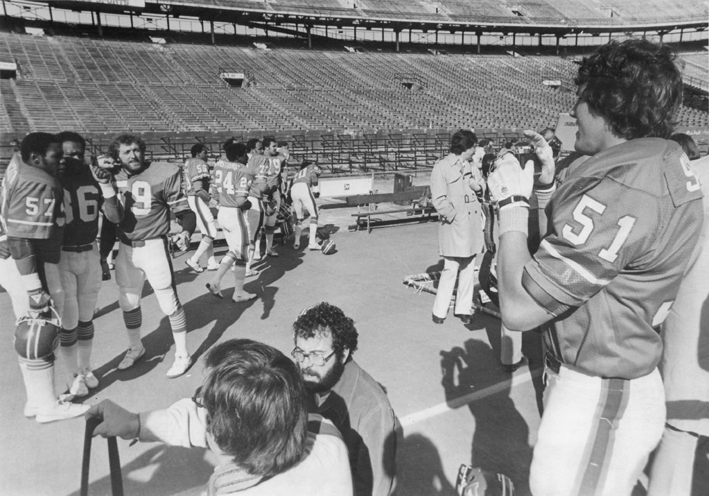 . 2-1-1978 - Football - Denver Broncos - Super Bowl Bob Swenson takes picture of teammates Tom Jackson, Billy Thompson and Joe Rizzo during picture day at Super Bowl XII. (Bill Wunsch/The Denver Post)