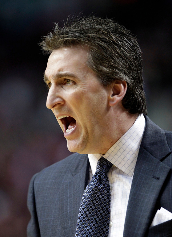 . Los Angeles Clippers coach Vinny Del Negro yells from the bench during the first quarter of an NBA basketball game in Portland, Ore., Saturday, Jan. 26, 2013.(AP Photo/Don Ryan)