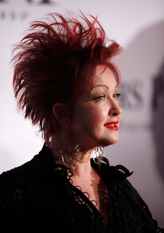 . Musician Cyndi Lauper arrives to the American Theatre Wing\'s annual Tony Awards in New York June 9, 2013. REUTERS/Carlo Allegri
