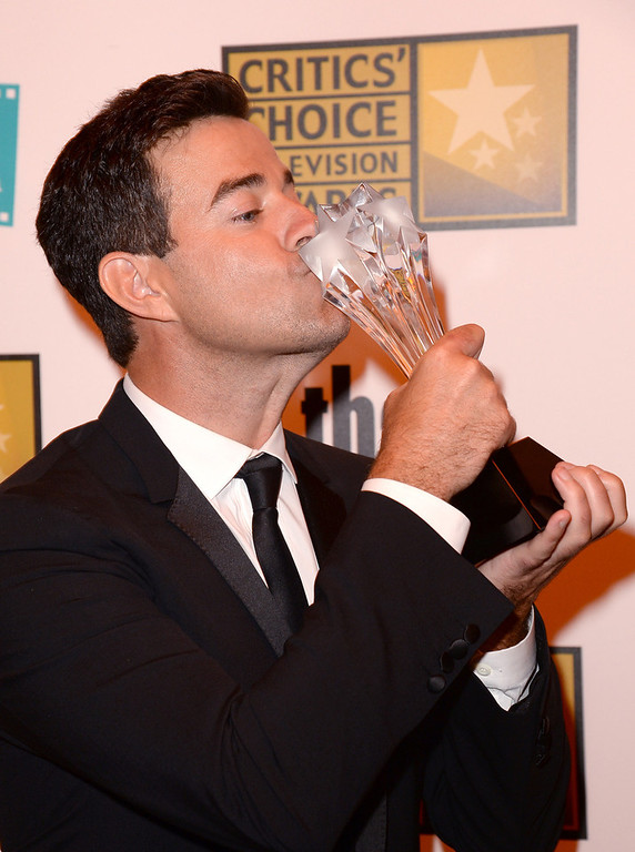 . TV personality Carson Daly poses with the Best Reality Series - Competition award for \'The Voice\' at the Broadcast Television Journalists Association\'s third annual Critics\' Choice Television Awards at The Beverly Hilton Hotel on June 10, 2013 in Los Angeles, California.  (Photo by Jason Merritt/Getty Images for CCTA)