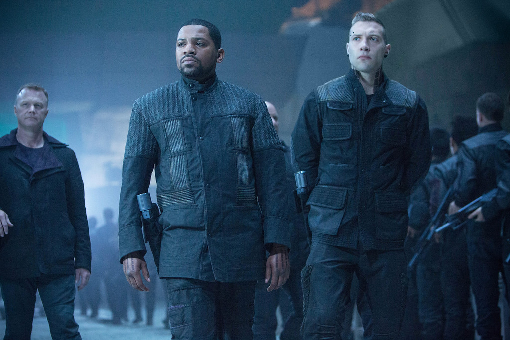 . MEKHI PHIFER and JAI COURTNEY star in DIVERGENT
