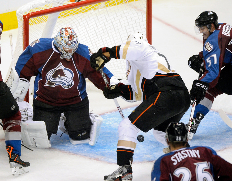 . Anaheim forward Devante Smith-Pelly (77) put a shot past Colorado goalie Semyon Varlamov in the second period Wednesday night.  Photo By Karl Gehring/The Denver Post