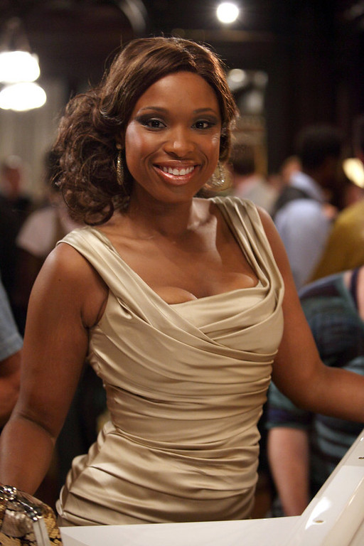 """. SMASH -- \""""On Broadway\"""" Episode 201 -- Pictured: Jennifer Hudson as Veroica Moore -- (Photo by: Eric Liebowitz/NBC)"""