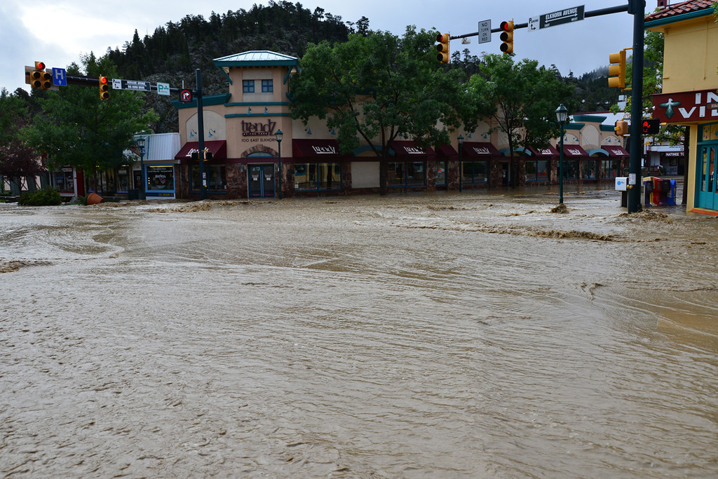 . The intersection of Elkhorn and Moraine was under water Friday morning, Sept. 13, 2013. JJohn Cordsen/Estes Park Trail-Gazette