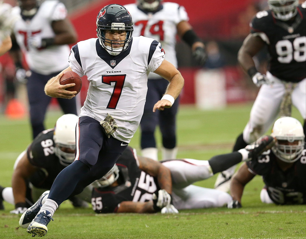 . Quarterback Case Keenum #7 of the Houston Texans runs with the ball against the Arizona Cardinals at University of Phoenix Stadium on November 10, 2013 in Glendale, Arizona.  (Photo by Stephen Dunn/Getty Images)