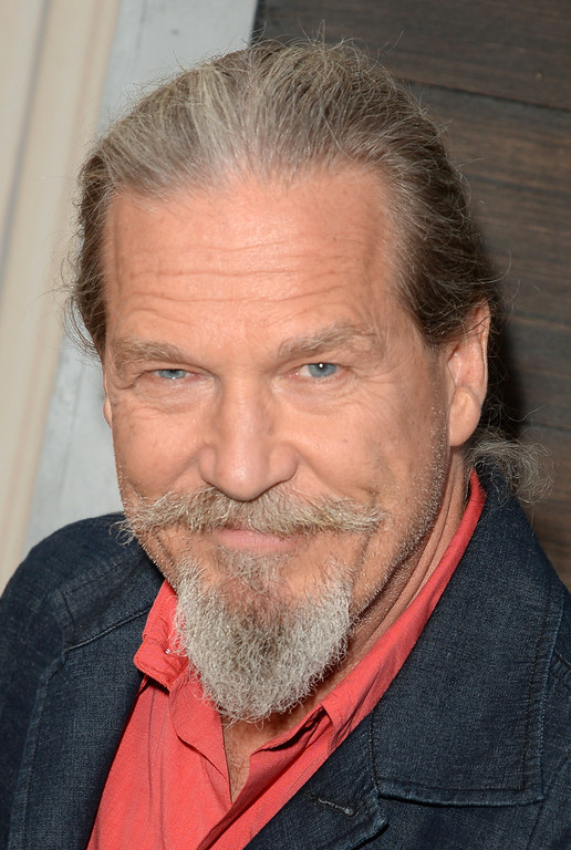 . CULVER CITY, CA - JUNE 08:  Actor Jeff Bridges attends Spike TV\'s Guys Choice 2013 at Sony Pictures Studios on June 8, 2013 in Culver City, California.  (Photo by Jason Merritt/Getty Images for Spike TV)