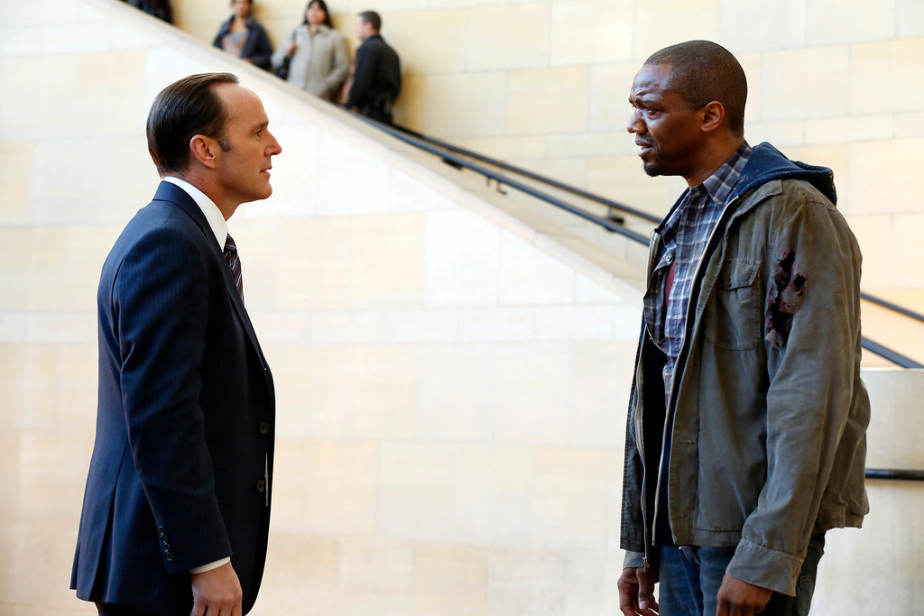 ". MARVEL\'S AGENTS OF S.H.I.E.L.D. - ""Pilot\"" (ABC/Justin Lubin) CLARK GREGG, J. AUGUST RICHARDS"