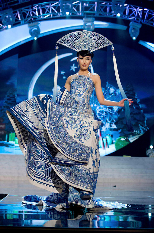 . Miss China Ji Dan Xu performs onstage at the 2012 Miss Universe National Costume Show at PH Live in Las Vegas, Nevada December 14, 2012. The 89 Miss Universe Contestants will compete for the Diamond Nexus Crown on December 19, 2012. REUTERS/Darren Decker/Miss Universe Organization/Handout