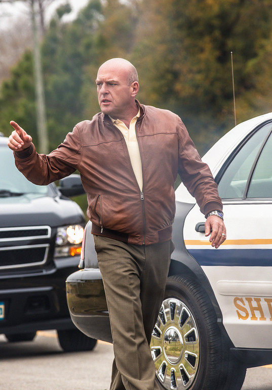. Pilot - James \'Big Jim\' Rennie (Dean Norris) and the residents of Chester\'s Mill find themselves suddenly and inexplicably sealed off from the rest of the world by a massive transparent dome, on UNDER THE DOME premiering Monday, June 24 (10:00-11:00 PM, ET/PT) on the CBS Television Network.   UNDER THE DOME is based on Stephen King\'s bestselling novel. Photo: Michael Tackett/©2013 CBS Broadcasting Inc. All Rights Reserved.