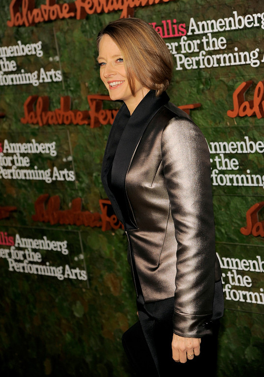 . Actress Jodie Foster arrives at the Wallis Annenberg Center for the Performing Arts Inaugural Gala on Thursday, Oct. 17, 2013, in Beverly Hills, Calif. (Photo by Chris Pizzello/Invision/AP)