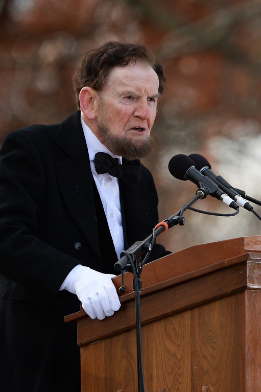 . Portraying U.S. President Abraham Lincoln, James Getty, recites the Gettysburg Address during a commemoration of the 150th Anniversary of the Gettysburg Address at the Soldiers\' National Cemetery at Gettysburg National Military Park(Photo by Patrick Smith/Getty Images)