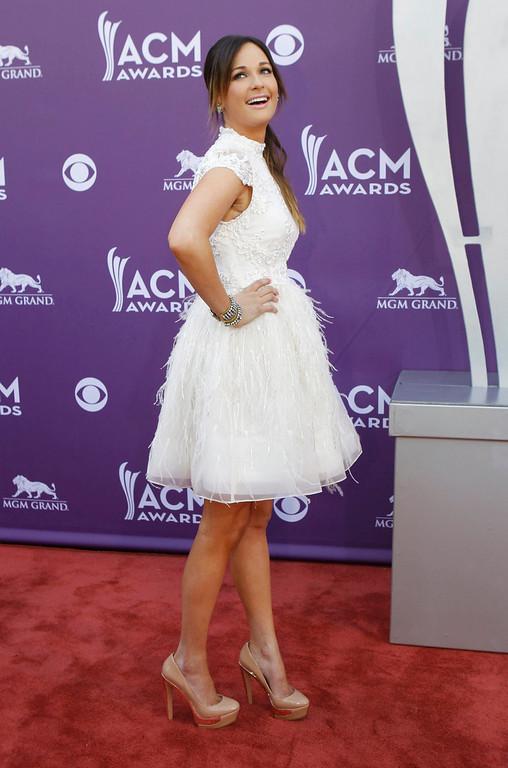 . Singer Kacey Musgraves arrives at the 48th ACM Awards in Las Vegas, April 7, 2013.  REUTERS/Steve Marcus