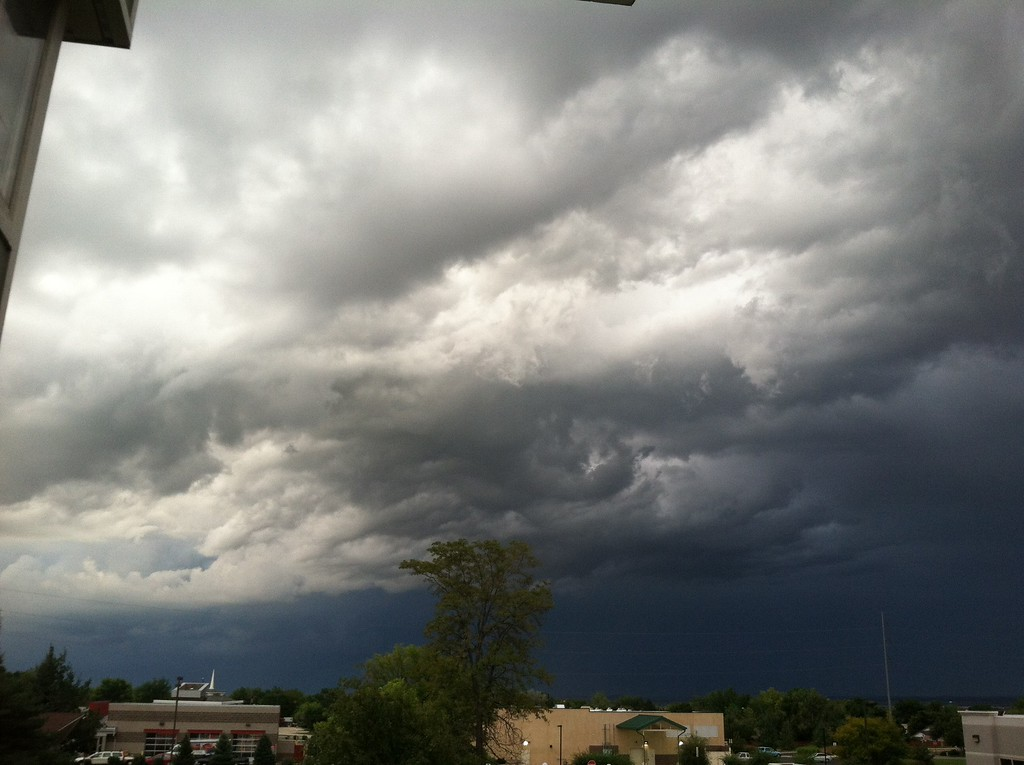 . The sky facing east to west from 115th and Washington ave. Photo by Dawna