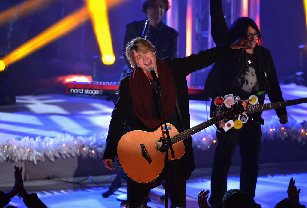 . Robby Takac and John Rzeznik of the Goo Goo Dolls perform during 81st Annual Rockefeller Center Christmas Tree Lighting Ceremony at Rockefeller Center on December 4, 2013 in New York City.  (Photo by Stephen Lovekin/Getty Images)