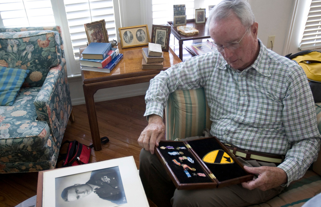 . Bob Wood of O\'Fallon, Missouri, was one of the POWs who helped carry Father Kapaun to the Death House, where he later died. (Travis Heying/Wichita Eagle/MCT)