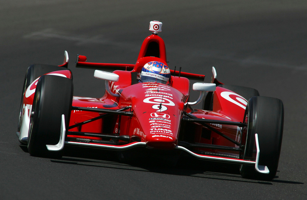 . Target Chip Ganassi Racing driver Scott Dixon of New Zealand drives his car on the track during a practice session at the Indianapolis Motor Speedway in Indianapolis, Indiana May 15, 2013. The 97th running of the Indianapolis 500 is scheduled for May 26.  REUTERS/Pat Cocciadiferro
